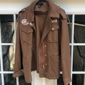 Brown patched jacket 🧥